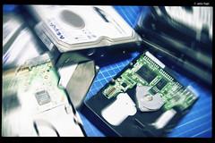IMG_6139 (anto-logic) Tags: computer disco pc hard disk electronics ide maxtor sata technologies elettronica tecnologie rigido