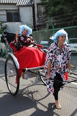Bree flashes a peace sign (Tokyo, Japan) (THINKGlobalSchool) Tags: japan tokyo seniors amazingrace g12 y4 lclark wexplore amazingtgs