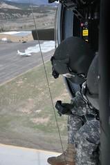 Hoist Training (Marinehawk12) Tags: soldiers blackhawk aircrew sikorsky militaryaircraft uh60 medevac rescuehoist hoistoperations haats