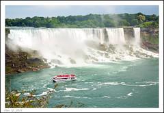 Niagara Falls, Ontario, Canada (Michael Lavander) Tags: vacation canada canon niagarafalls familyvacation niagarafallsontario niagarafallsphotos michaellavanderphotography june2014