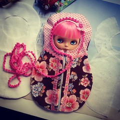Blythe carrier bag: Matryosha - doll in a doll :)