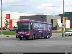Voigts Bus Service 250 (TheTransitCamera) Tags: lake bus hotel ride free casino shuttle service win lose gamble mystic mci voigts d45045