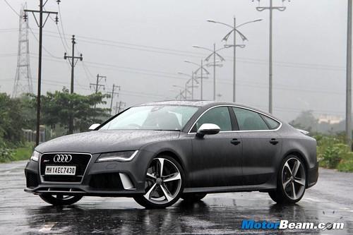 2014-Audi-RS7-12