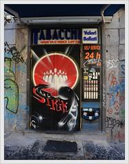 Graffiti / Napoli (Ruud Onos) Tags: climb naples vesuvio vulcano npoles neapel golfodinapoli regalprincess isoladicapri mountvesuvio portofnaples golfvannapels vulcanovesuvio ruudonos climbtovulcanovesuvio havenvannapels