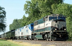 LAAAAAAATE Amtrak #4 (Jeff Carlson_82) Tags: railroad train lawrence ks 4 railway bn amtrak 200 kansas late passenger ge railfan bnsf burlingtonnorthern southwestchief emd burlingtonnorthernsantafe p42 9694 sd70mac grinstein swchief