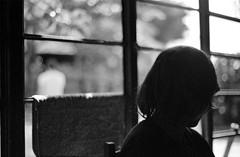 Na fazenda (Running Life on Film - machadoilana.tumblr.com/) Tags: girls analog 35mm blackwhite pb ishootfilm filmcamera ilford girlsonfilm filmphotography analognikon ilanamachado