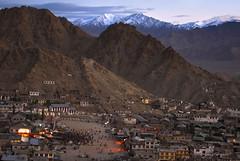 Leh Polo Ground & Bazaar (Motographer) Tags: summer mountains landscape 50mm twilight market ground d200 bazaar leh polo himalayas ladakh nikkoraf50mmf18d motographer fotografikartz motograffer