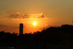 sunset_over_endeavor_towers_3650