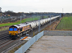 66014. (curly42) Tags: transport shed railway freight dbs class66 ews 66014