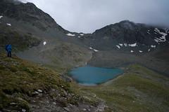 Lej Muragl . 2715m (part II) (Toni_V) Tags: alps fog clouds landscape schweiz switzerland europe suisse hiking 28mm rangefinder alpen svizzera mountainlake bergsee engadin wanderung m9 2014 oberengadin graubünden grisons lej muragl svizra grischun muottasmuragl elmaritm 2715m fuorclamuragl ©toniv leicam9 140825 valmuragl l1018428