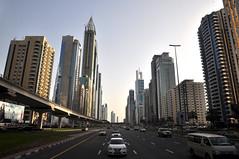 DSC_4400 (harrekarre) Tags: city dubai review arabia