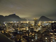 ©Ruy Hizatugu Archives 2014 All Rights Reserved. No usage allowed including copying or sharing without written permission. (#ruyhizatugu) Tags: brazil riodejaneiro skyline landscape corcovado nightlife marinahotel