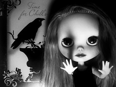 Blythe-a-Day October#1:Creepy Crawlies:The Mystery of the Lurking Creeper:Pt. 1