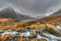 Into the valley... (Lee~Harris) Tags: valley ogwenvalley mountain mountains mountainrange water waterfall waterways watermotion rugged rocks wales snowdonia cloud cloudy cloudysky mood tranquil serene nikon nikond300 longexposure beauty light rural outdoors landscape colours nature vista landscapes love view