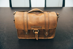 Copper River Bag Co (groyar) Tags: camera leather comfortable bag messenger satchel copperriver