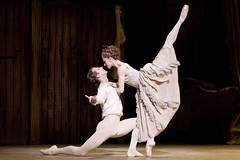 Manon dance highlights: Four extended pas de deux