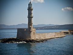 Venetian lighthouse, Chania (andbog) Tags: lighthouse canon faro mediterranean mediterraneo harbour powershot creta greece grecia crete gr compactcamera g12 chania  canea e k canong12