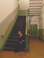 (chimidoro) Tags: uk green me myself tile beige cream corridor stairwell staircase bannister  chimidoro  hairtiedback roxannekirigoe   roxannekirigoe shikijitsu