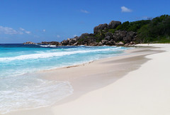 Grande Anse, La Digue (Niall Corbet) Tags: blue sea beach island sand surf turquoise indianocean wave tropical seychelles ladigue grandeanse