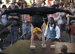 Cirque questre - LA CENTAURE - Btes de cirque - FEQ 2014 (eburriel) Tags: show street woman canada man art de la circus femme rue cirque qc joie homme artiste 2014 questre centaure btes feq