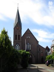 Barneveld rk kerk H.Catharina (Arthur-A) Tags: church netherlands catholic nederland kirche kerk eglise catharine catharina katholiek barneveld