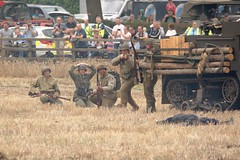 American Advance (MJ_100) Tags: infantry wwii battle crew ww2 soldiers reenactment troops reenactors usarmy secondworldwar 2014 victoryshow