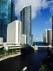 Miami River (Bruno Abreu) Tags: skyline river downtown riverside miami