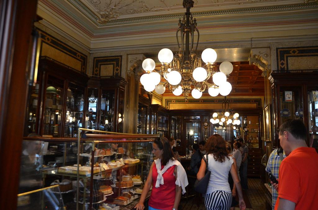Cafe Demel Wien Sachertorte