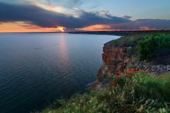 Sunset from Cape Kaliakra, Bulgaria (tyunkata) Tags: sunset sea black landscape more bulgaria poppy cape kavarna kaliakra cherno