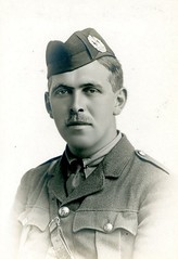 Lt James Pringle Thomson (Dundee City Archives) Tags: old school infantry army james high war photos dundee great scottish thomson soldiers british former ww1 pupils scots pringle worldwar1 regiment officers tommies olddundeephotos
