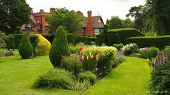 Wightwick Manor Gardens (Bob.W) Tags: nationaltrust wolverhampton wightwickmanor coth5 sunrays5