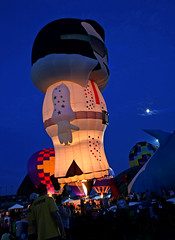 King Of The Night....Elvis All Aglow (jrussell.1916) Tags: light balloons fire flames festivals elvis illuminated hotairballoons nightphotos canonefs1755f28is