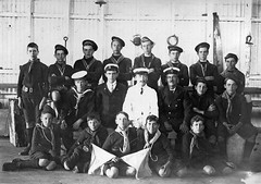 Port Adelaide sea scouts, 1914 (State Library of South Australia) Tags: wwi worldwari adelaide ww1 southaustralia worldwar1 portadelaide seascouts statelibraryofsouthaustralia samemory centenaryofanzac