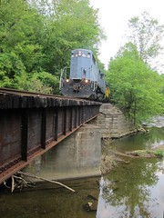 Y&S Bridge (Fan-T) Tags: railroad bridge ohio creek train southern 18 ys youngstown southeastern shortline gp18