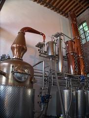 7-900 (alexandre.vingtier) Tags: nyc usa newyork brooklyn unitedstatesofamerica craft vodka rum bourbon redhook cacaoprietodistillery