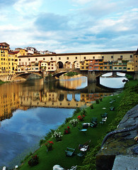 Ponte Vecchio 2 (elisa.delseri) Tags: pictures italy panorama holiday art church wonderful photo florence italia day foto artistic fiume pic antica firenze arno fotografia palazzo architettura migliori vecchio migliore