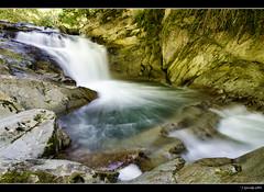Irati - Cascada del Cubo (Pogdorica) Tags: agua seda navarra irati selvadeirati ochagavia filtrond itsuosin cascadadelcubo casasdeirati senderocascadadelcubo ríourbeltza