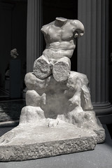 Marble Statue of Herakles seated on a rock - Metropolitan Museum of Art (James Prochnik Photography) Tags: roman stonesculpture imperial marble themet metropolitanmuseumofart 1stcenturyad greekandromanart 2ndcenturyad artinmuseums greekandromangalleries gallery162 sculptureinmuseums marblestatueofherakles