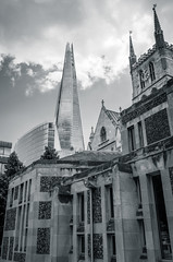 Southwark Cathedral & The Shard - Redux (Multimaniaco) Tags: summer bw building london architecture photoshop arquitectura holidays edificio bn londres verano vacaciones hdr southwarkcathedral version2 2014 32bit theshard lightroom5