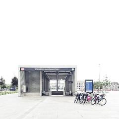 (maxelmann) Tags: germany saxony s db leipzig le sachsen ubahn deutschebahn sbahn citytunnel wilhelmleuschnerplatz maxelmann leipzigerstadtansichten leipzigimquadrat