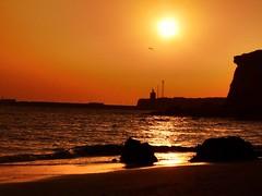 Entre el mar y el infinito... (BESO LUNA/RESILIENTE PRODUCCIONES) Tags: cádiz conil puestasdesol atardecer