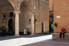 Pienza (fotografia per passione) Tags: superb unesco tuscany siena pienza toscana iborghipibelliditalia canoniani bandieraarancione marksoetebier canonef40mmf28stm