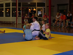 "zomerspelen 2013 Judo clinic • <a style=""font-size:0.8em;"" href=""http://www.flickr.com/photos/125345099@N08/14384091416/"" target=""_blank"">View on Flickr</a>"