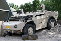 Fennek armoured reconnaissance vehicle KY-00-11 (NTG842) Tags: show netherlands dutch marine force air royal ab corps vehicle kl koninklijke the 2014 armoured marechaussee gendarmerie fennek gilzerijen reconnaissance luchtmachtdagen rnlm ky0011 royalnetherlandsarmykoninklijkelandmacht 20june2014