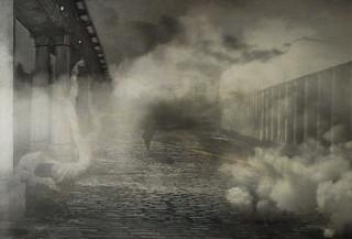 un homme dans la brume