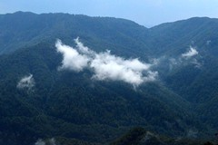 2014_Bihar_csaldi_1015 (emzepe) Tags: panorama cloud rocks view peak lookout vale val valley outlook vue felh tal kirnduls roumanie apuseni erdei nyugati bihar 2014 kilt nyr rumnien jnius csaldi judetul bihor tra hegyek bihari muntii kilts hegysg galbena ves hegyi megye romnia trzs kzs vlgy erdlyi szirt galbina szigethegysg kzphegysg karszthegysg