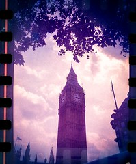 london film lca lomography parliament bigben fujisuperia... (Photo: supersonicelephant on Flickr)