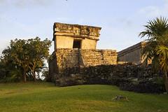 Tulum (puntokom) Tags: mxico maya edificio tulum ruinas mayas pirmide quintanaroo airelibre zonaarqueolgica prehispnico