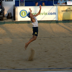 Hit it (Zezyx) Tags: netherlands sport brasil scheveningen denhaag pedro emanuel rego beachvolleybal stiekema olympicmedals emanuelrego varenhorst pedrosolbergsalgado transaviagrandslam2014