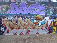 Robbo RIP graffiti, Trellick Tower (duncan) Tags: graffiti rip trellicktower robbo kingrobbo teamrobbo